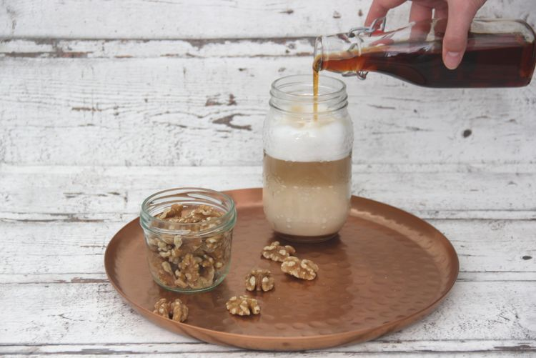Walnuss-Kaffee-Sirup
