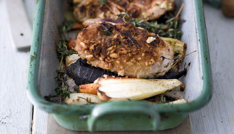 One Pan Hähnchen mit Wurzelgemüse aus dem Ofen