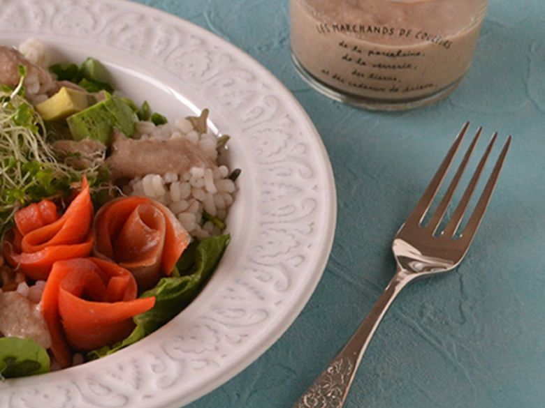 Walnuss-Power-Salat mit Walnuss-Dressing
